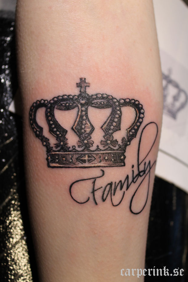 Crown tattoos crowns and tattoos and body art on pinterest for Best crown tattoos