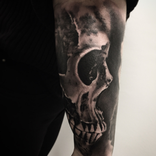 Carper Ink Big Black And Grey Skull Tattoo
